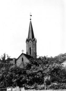 Hohenzeller Kirche von hinten