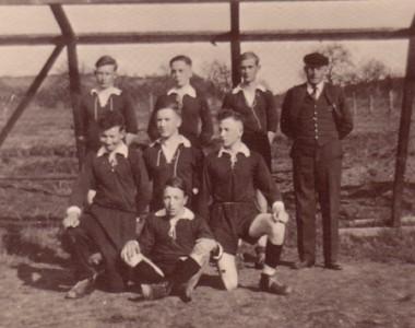 Mannschaft aus ersten Vereinstagen