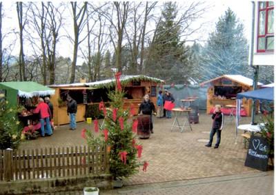 Weihnachtsmarkt am Dorfgemeinschaftshaus